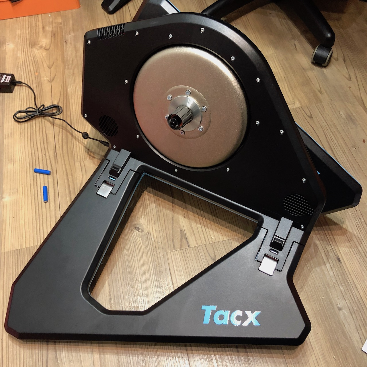 TitaniumGeek IMG 5712 Tacx NEO 2 Review | ZWIFT GEAR TEST Cycling Gear Reviews Smart Trainers Zwift  Zwift tacx neo 2 cycling   Image of IMG 5712