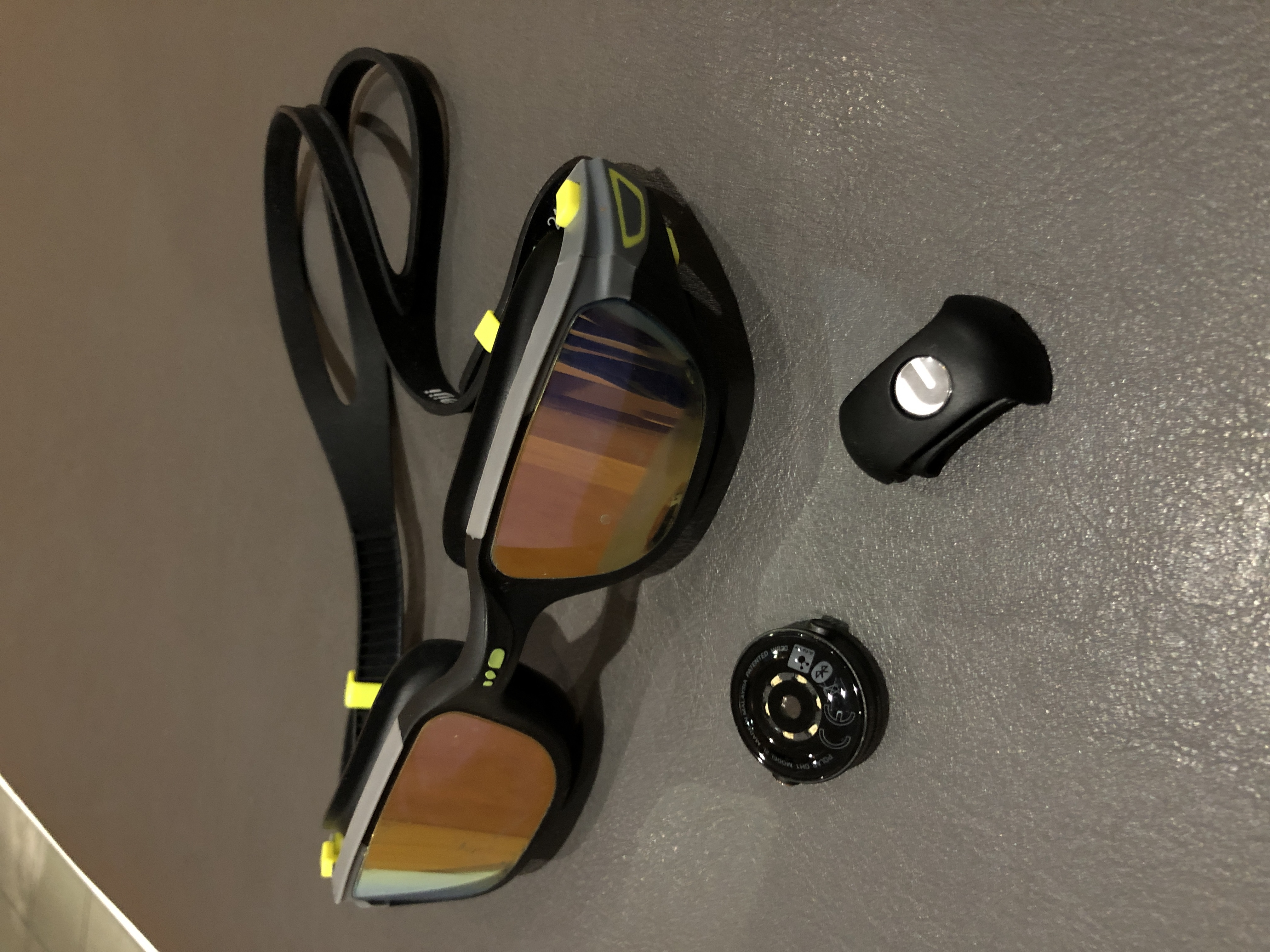 TitaniumGeek img 1736 FORM Swim Goggles   Pipeline Post Gear Reviews Triathlon    Image of img 1736